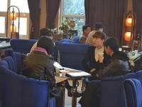 阳光新卓广场 3月22号认筹活动客户正在详细咨询项目
