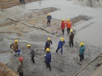 安居鹅城首府 预计5月中旬陆续出地面,2014年国庆节前将全面封顶,2015年10月交房;项目地下车库正在开始做筏