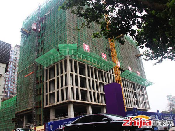 正大领峯 写字楼在建15层(2014-07-22)
