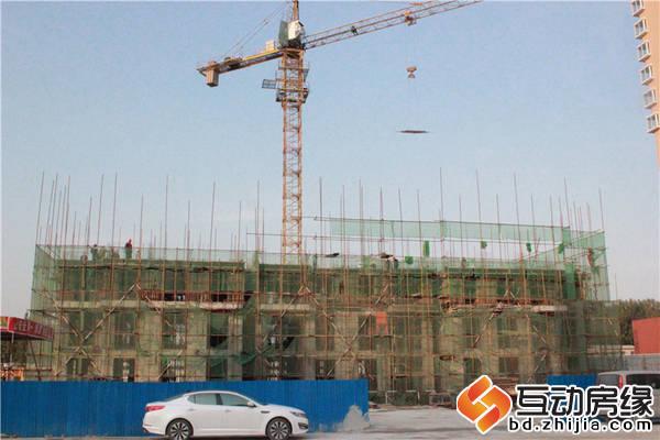 荣联天下城 六区1#做地上三层  墙体完工