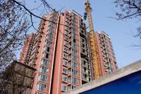 金安公寓 项目正在安装玻璃