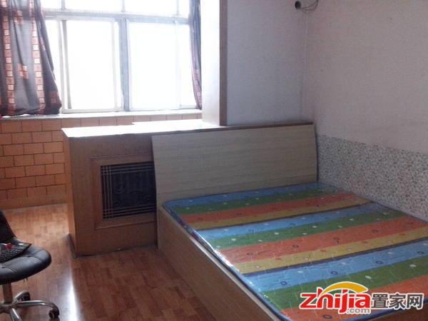 房东自有西里小区 1室2厅1卫 50m² 租金1300元/月