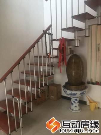 新一代C区 5室 跃层 精装修 带车位地下室 老本 可贷款