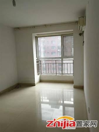 冠城 3300元 3室2厅2卫 普通装修采光好交通便利配套完