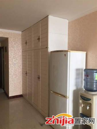 急售 南岭小区学府园紧邻融创中心 精装两室两厅一卫140万急