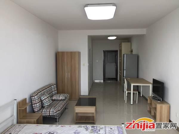 西引利 1室1厅1卫 55m² 租金2000元/月拎包入住