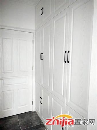 星河盛世 1800元 5室2厅4卫 精装修,家具家电齐全,急