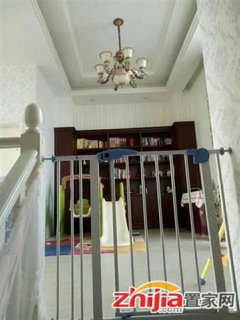 西美70后院   4室3厅3卫 精装 家具家电齐全 西美商圈