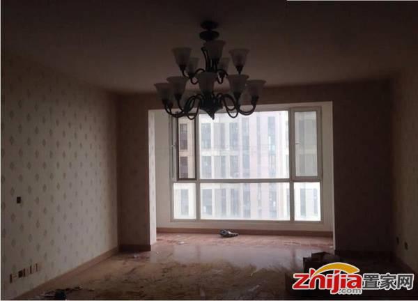 万达广场B1北区 5500元 161平米 4室2厅2卫 精装