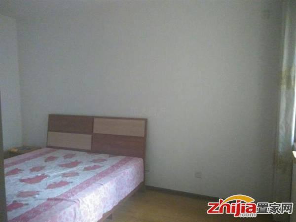 安静小区,低价出租,盛世长安 2000元 2室2厅1卫 中装