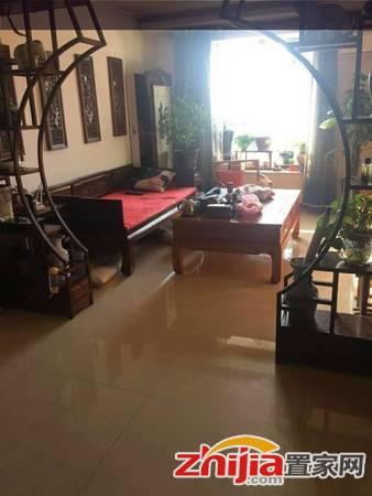 急售!精装两室,送家电家具,房东置换,诚心出售,随时看房