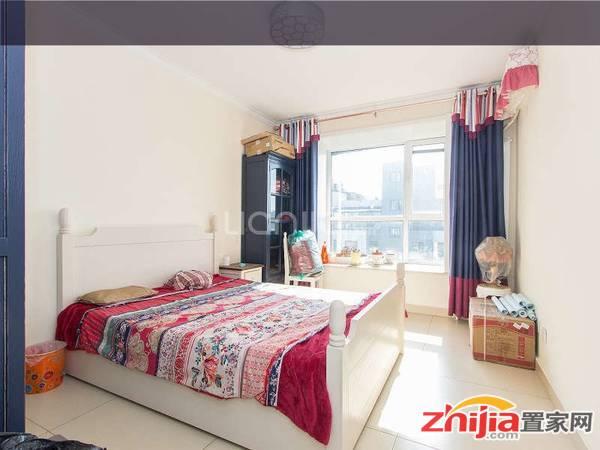 金桥水岸,精装两居,赠阳光房,配套成熟,拎包入住,看房方便!