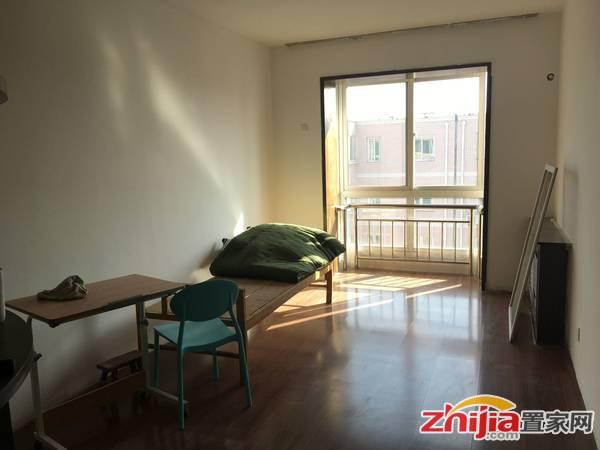 宋营花园 90万 3室2厅2卫 精装修适合投资和人多的家庭