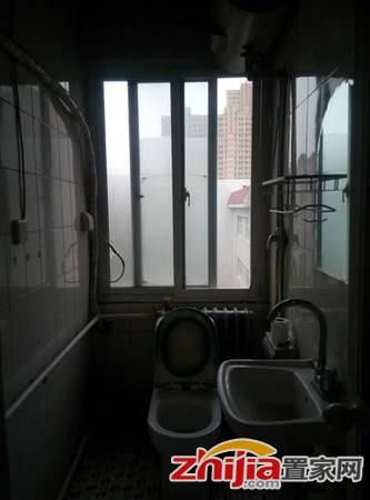 怀特商圈 华兴小区  1室1厅1卫 简装 干净整洁 实景照片
