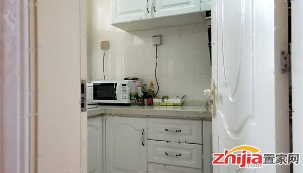 好房出租 万达广场C区 2室2厅 干净整洁 拎包入住