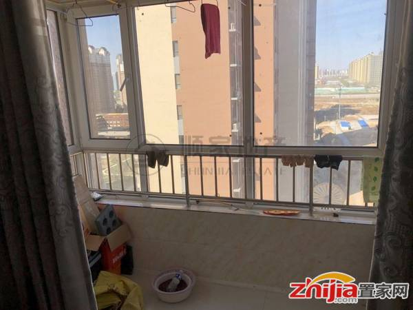 房东换房急售博雅盛世精装两室中间楼层采光不受影响