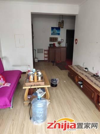盛世华安精装修,家具家电齐全,拎包入住干净整洁