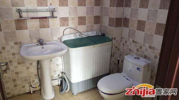 卡萨 精装修  一室一厅一厨一卫 家具家电齐全 大平米