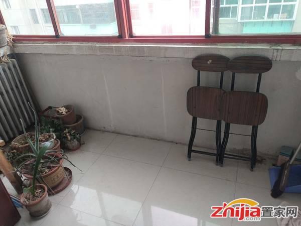 优选壹江城精装,交通便利,家具家电齐全,房屋整洁,小区环境好