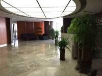 长安区中山路地铁口勒泰商圈 乐汇城大厦1450平精装整层带门