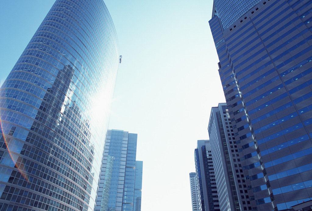 陈志龙:房产市场信号印证楼市崩盘危在旦夕