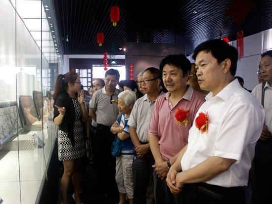 挖掘民间文化资源巡礼·马海晨中华牌匾精品展隆重开幕