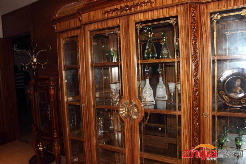晒台欧式吧台酒柜图片