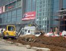 阳光天鸿广场正在进行外部广场地面装饰 预计9月29日营业