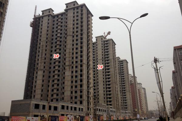 锦玉华庭紧张施工中正在做内部结构