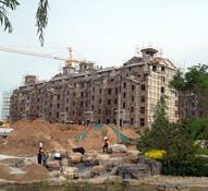 紫岸邯郸首席公园式岛居纯别墅 二次结构跟园林绿化同步进行中