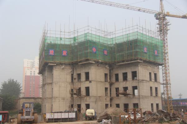 兴盛苑二期施工如火如荼 35#楼出地面5层