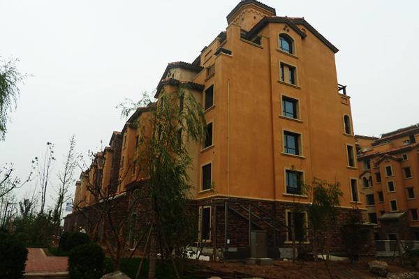 紫岸雨中的别墅原始这么美 北部别墅施工即将完成