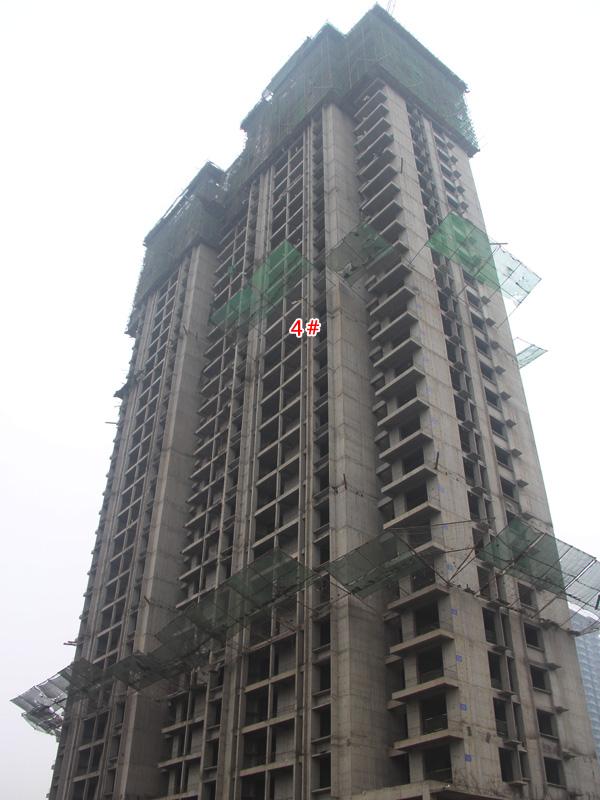 盛锦花园一期即将交房 二期4#楼已经全部封顶