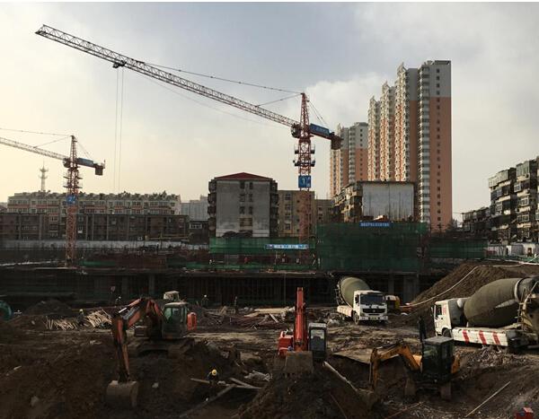 米兰国际工程动态:1#楼已盖至2层