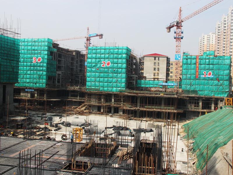 米兰国际工程播报 洋房已经封顶 高层盖至4层