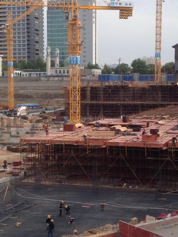 串城街·勒泰城施工如火如荼 C区正建地下2层