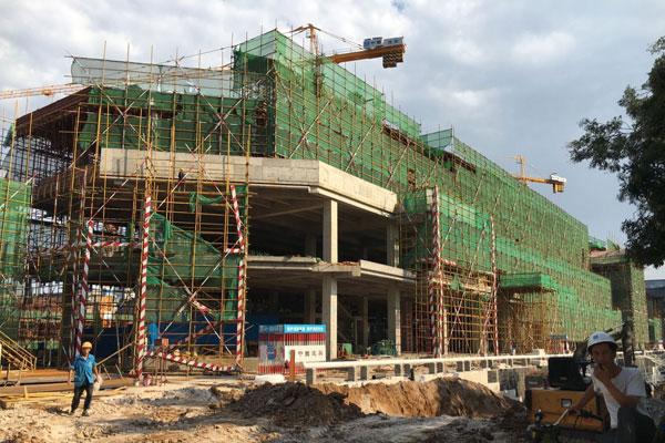 串城街·勒泰城施工神速即将封顶