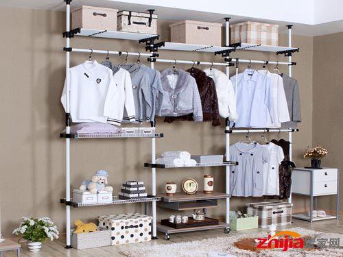 简易衣柜选购保养学问多搬运时不能硬拖硬拉