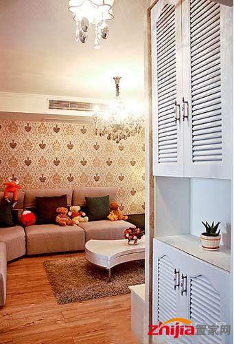 8万元装90平小三居装修效果图:这是进门处看到的客厅~门厅处做了