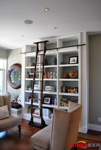 把你的客廳變書房是完全有可能的.這一個設計就開闊明亮毫不擁擠.