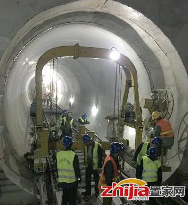 """石家庄地铁1号线全线""""短轨通""""明年7月试运营"""