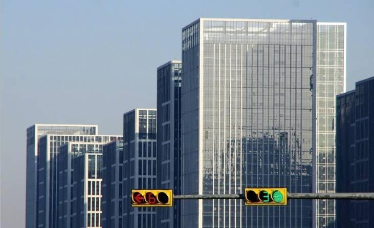 楼市传来重磅消息 有些开发商和中介慌了…