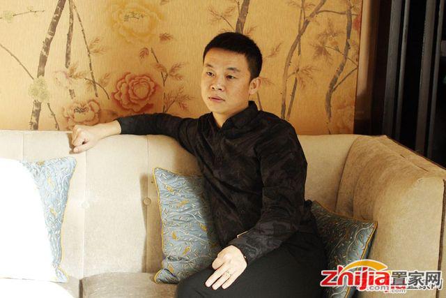 专访荣盛华府销售总监艾向:地段,地段还是地段